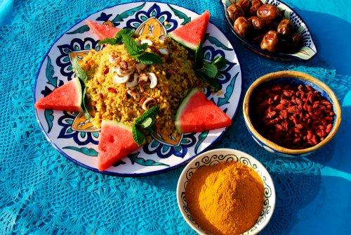 Bulgur salade met goji bessen en kurkuma