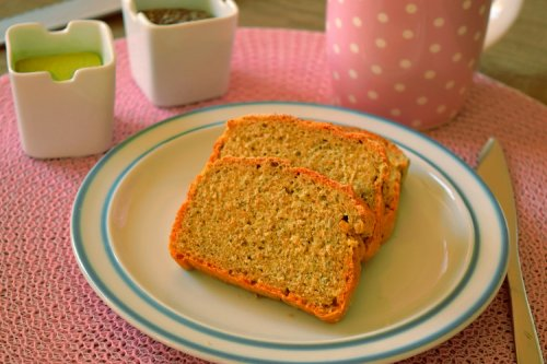 Chia bread with barley grass