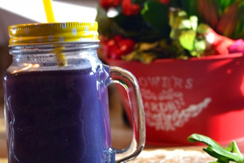 Sweet bilberry smoothie with royal jelly