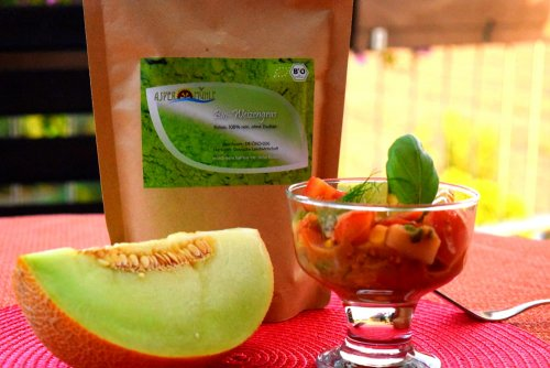 Melon and tomato salad with wheatgrass dressing