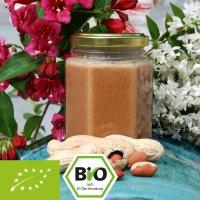 Biologische honing en notencrème met pindapuree