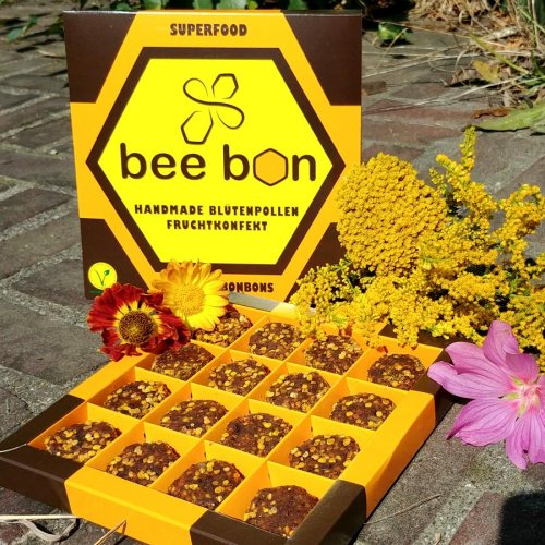 Bee Bon - A healthy snack made from bee pollen, dates & raisins