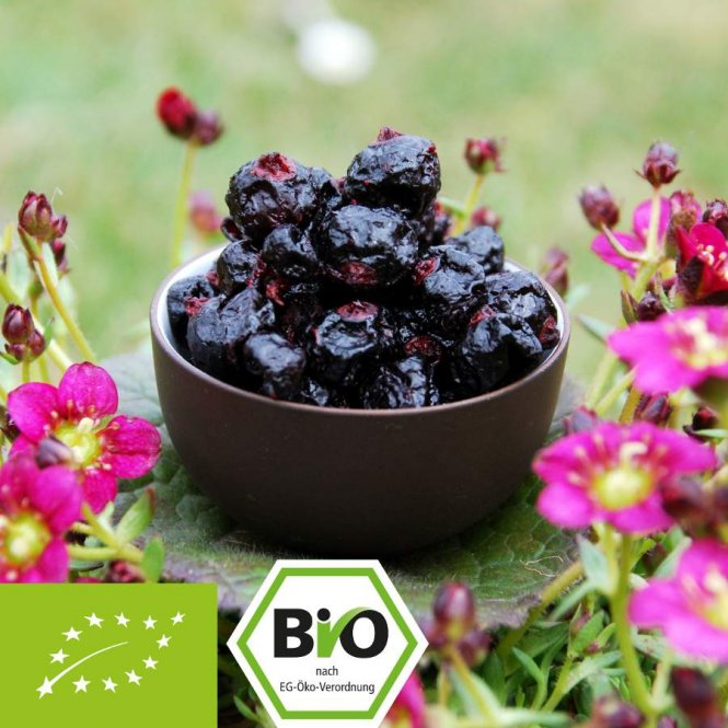 Organic black currants - candied - healthy and tasty 100 g