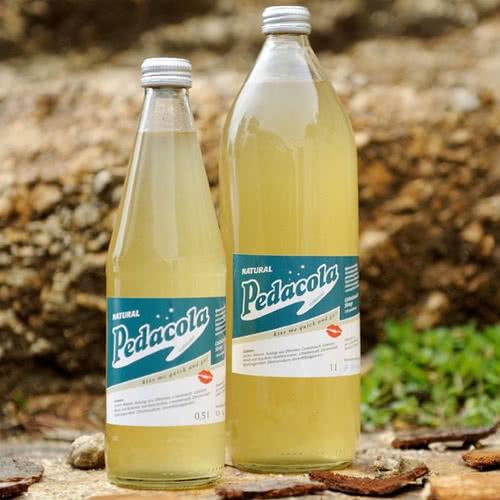 Peda Cola Kräutersirup - Das Original aus Österreich - Pedacola